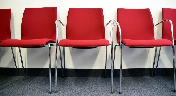 Chaise visiteur rouge